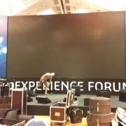 Установка и брендирование  сцены с экраном